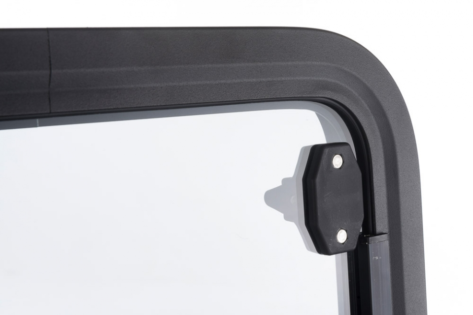 Radius horsebox windows